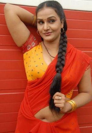 Malayalam Chechi Hot