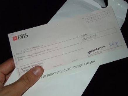 DBS clears $600,000 cheque 'by mistake'